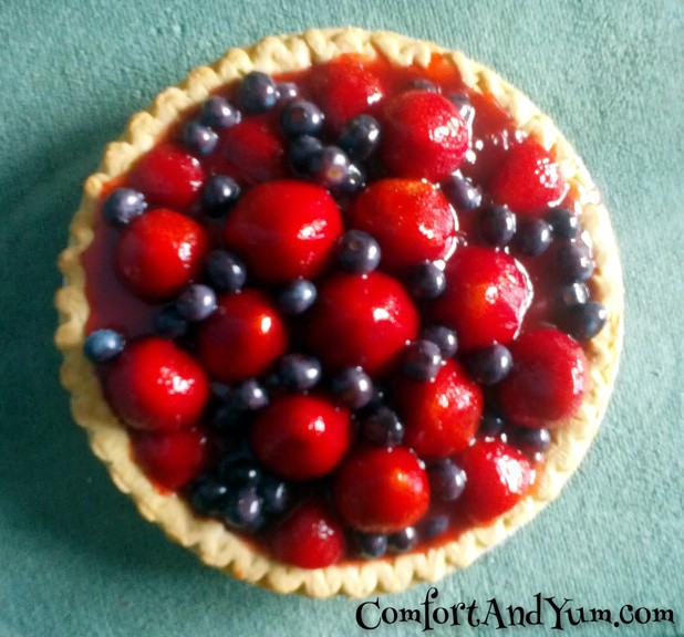 Fresh Strawberry & Blueberry Pie